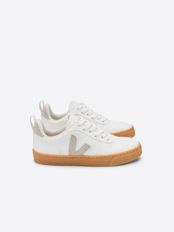 veja-v10-7_0002_v-10-white-natural-natural-gum-sole-